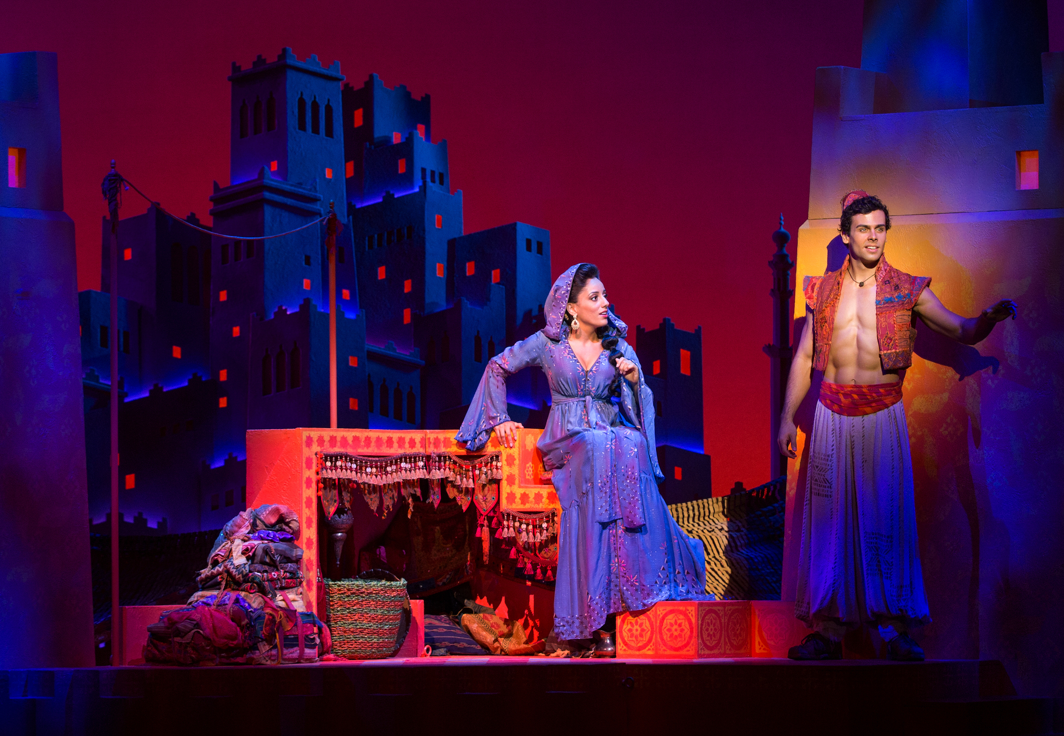 Aladdin and Jasmine - Disney.jpg